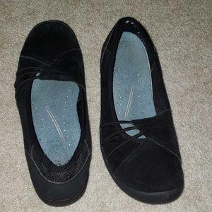 Easy Spirit Slip on Shoes